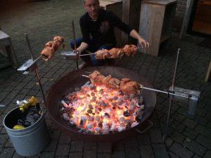 Auspit, Australische BBQ bij Auberge le Monde