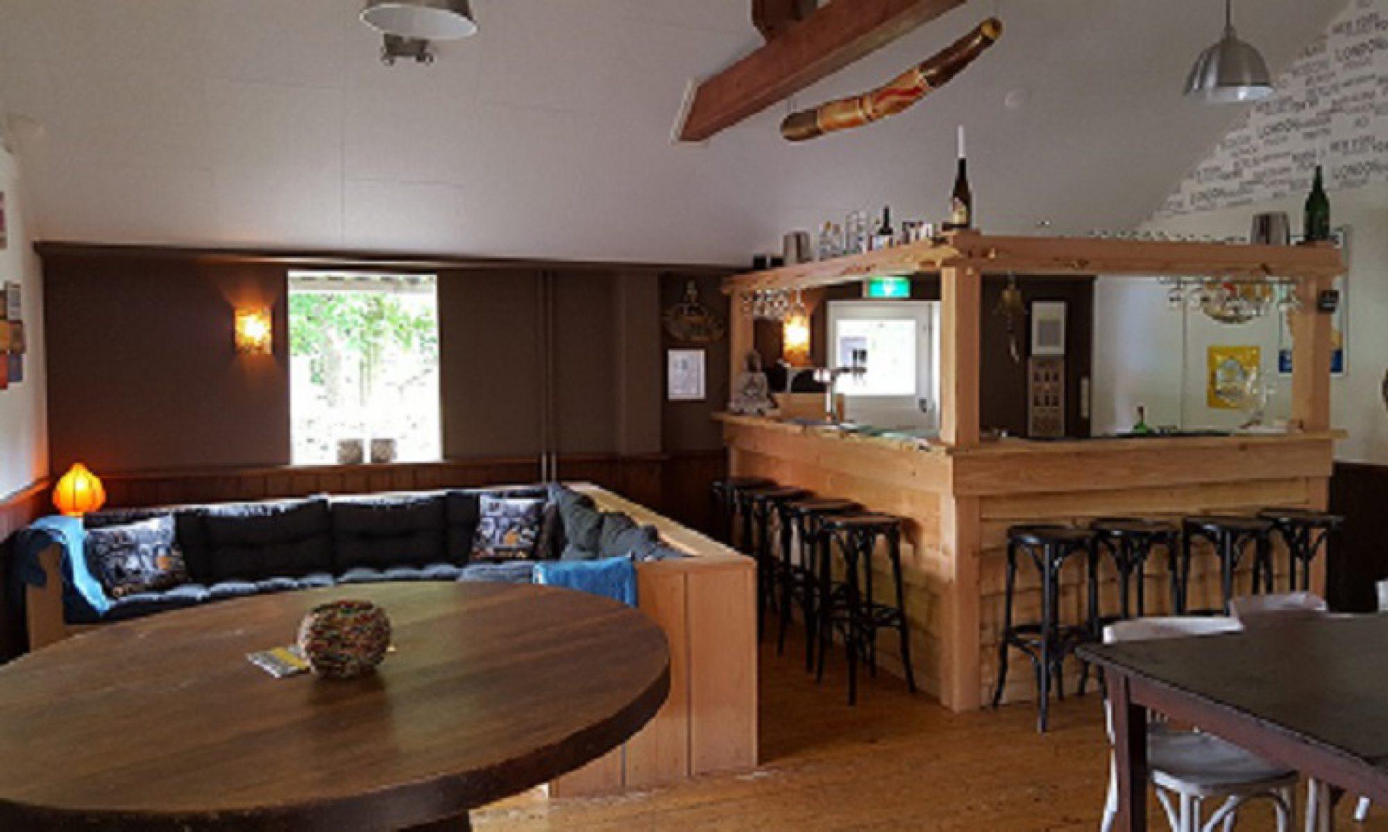 Bar, (feest) zaal Auberge le Monde van Aangenaam - Olde Horst